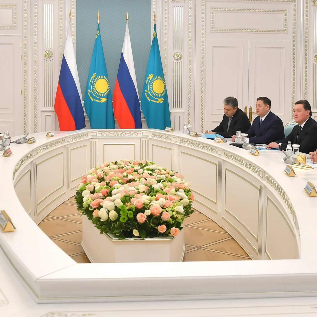 The Head of State held a meeting with Russian Prime Minister Mikhail Mishustin