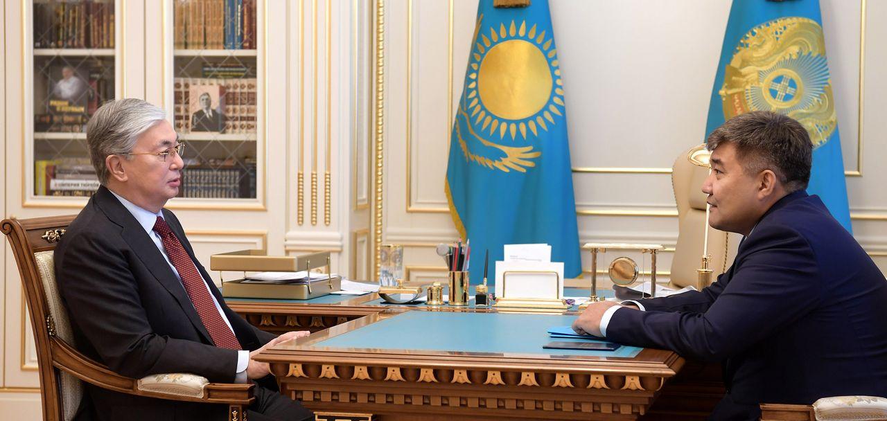 Глава государства принял вновь назначенного посла Казахстана в Украине Дархана Калетаева