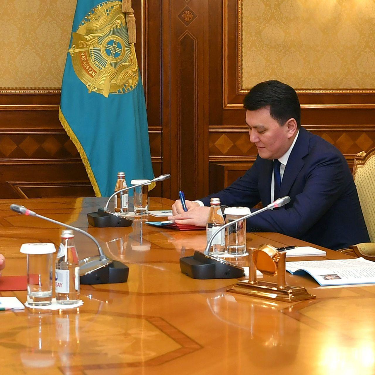 Глава государства провел ряд встреч