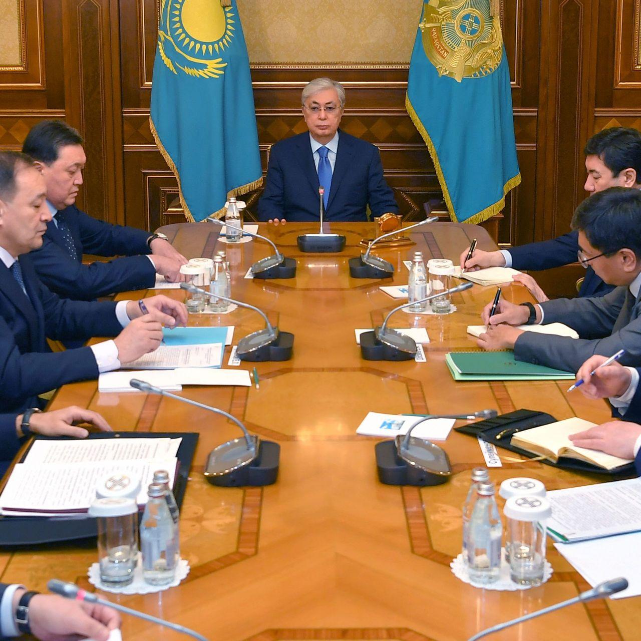 Президент Казахстана провел совещание с руководителями ряда государственных органов