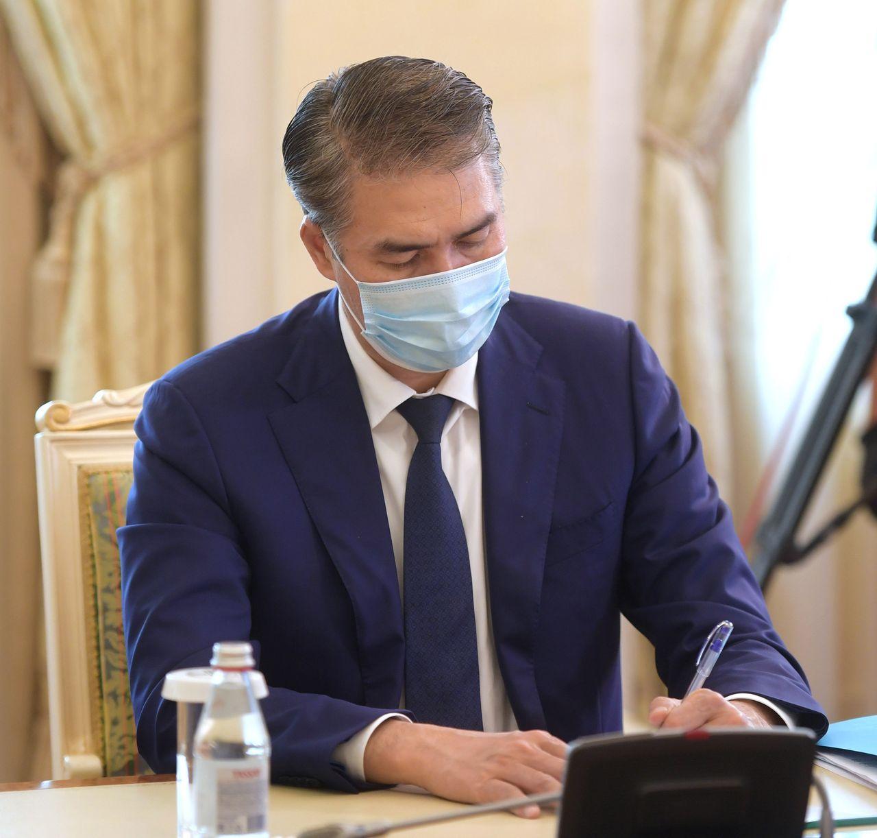 Мемлекет басшысы коронавирус індетінің таралуына қарсы күрес шаралары жөнінде кеңес өткізді