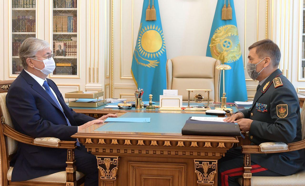 Президент Қасым-Жомарт Тоқаев Қорғаныс министрі Нұрлан Ермекбаевты қабылдады