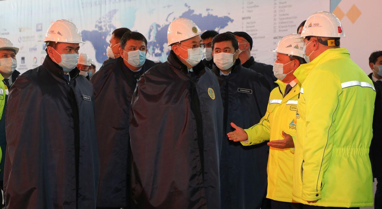 Қазақстан Президенті «YDD CORPORATION» ЖШС-нің ферроқорытпа зауытына барды