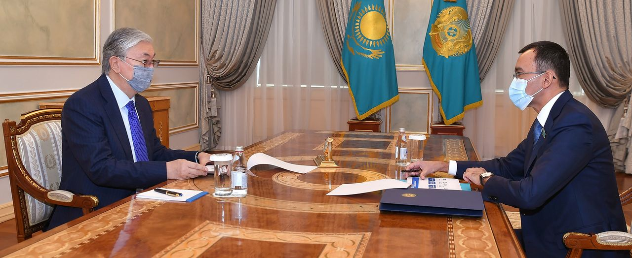 The President receives Chairman of the Senate of the Parliament Maulen Ashimbayev